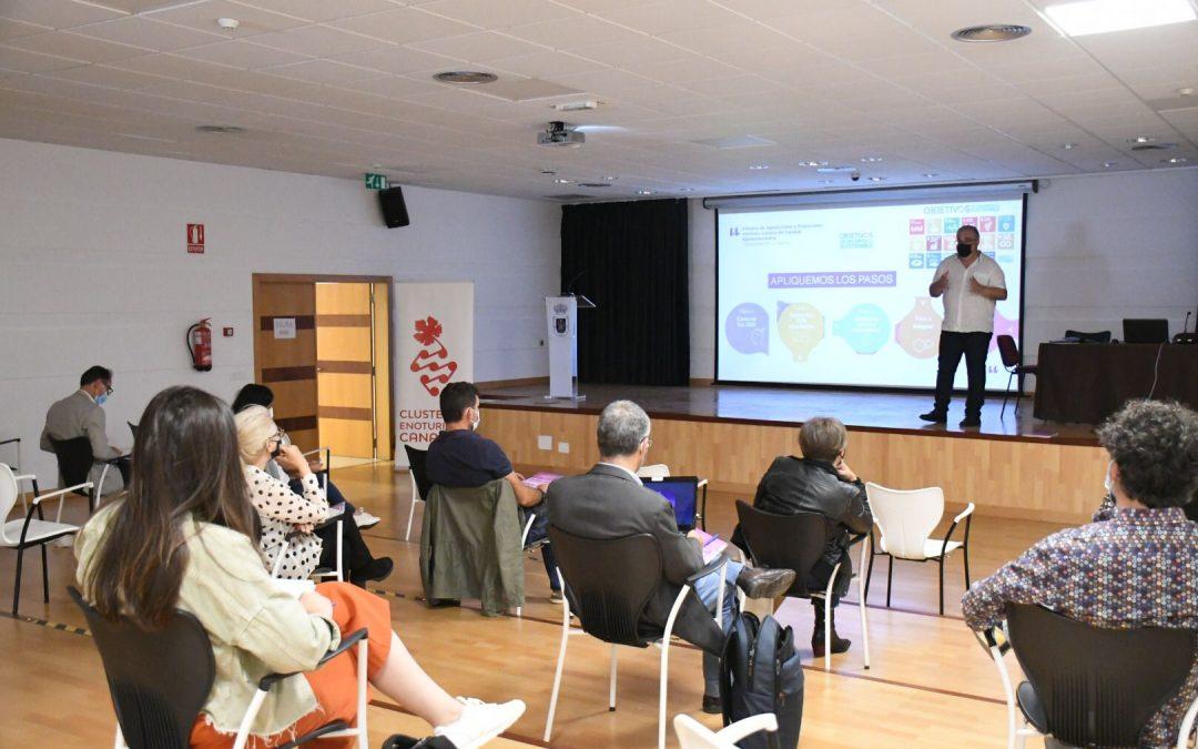 El Clúster de Enoturismo de Canaria comienza la formación para agentes del sector en La Palma