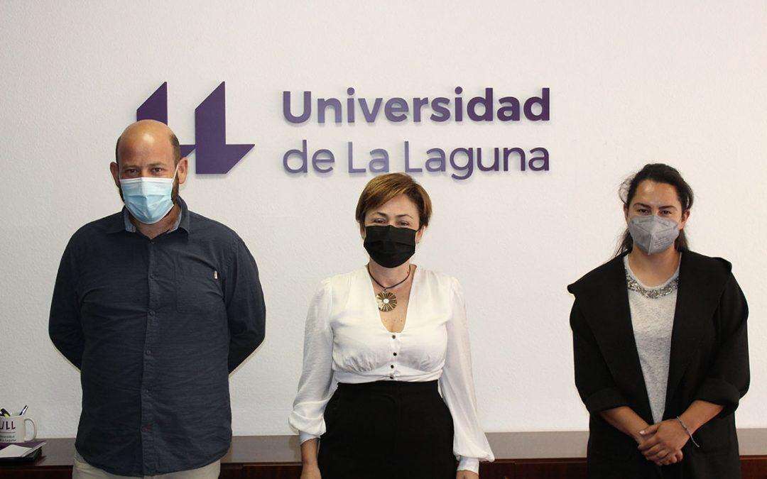 La rectora de la ULL se reúne con la Asociación de Profesionales y Técnicos en Vitivinicultura de Canarias